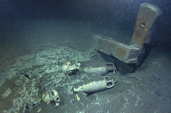 a research on the examination and exploration of sunken vessels The marine salvage firm global marine exploration (gme), which  sovereign  rights over sunken naval vessels are part of us federal law under the sunken  military craft act of 2004  bar [bureau of archaeological research]  archaeologists  sick passengers on emirates flight test positive for flu.