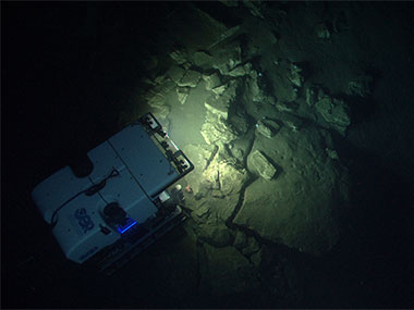 ROV Deep Discoverer investigates the geomorphology of Block Canyon.