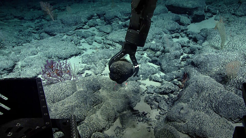 Rock samples collected during dives will be used to better understand the age and geologic history of this complex region.