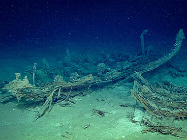 This unidentified wreck was first discovered by industry mapping surveys. It appeared to be a portion of a wooden vessel with a few metal items inside.